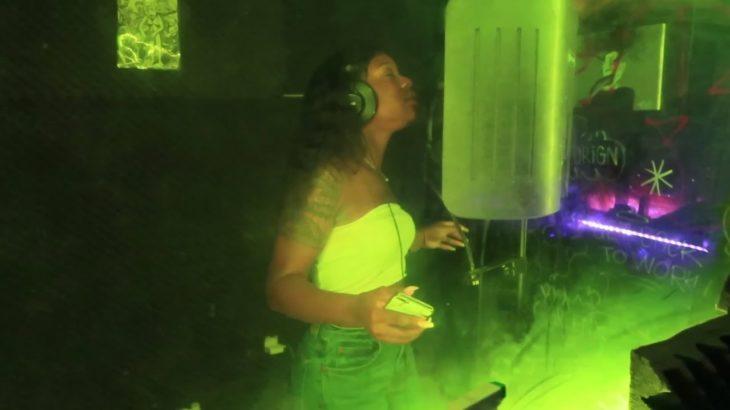 Black Girl Making Korean R&B?! BTS Of My Recording Session! Music Vlog! | Raki Wright |