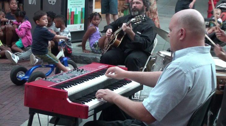 Geordie Kelly Trio WDCB Jazz Night In Oak Park 1/2
