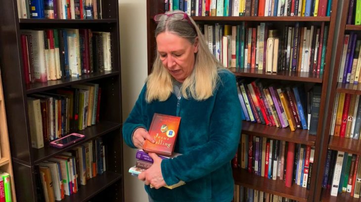 Beth Dumity Owner of R&B Used Books Cherish Local